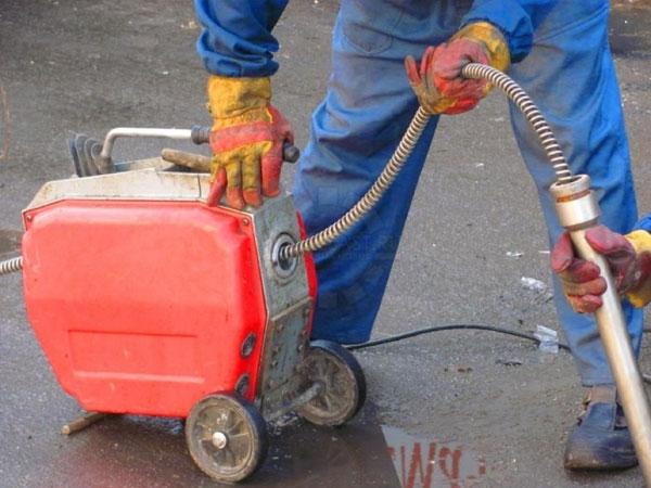 механическая прочистка трубопроводов